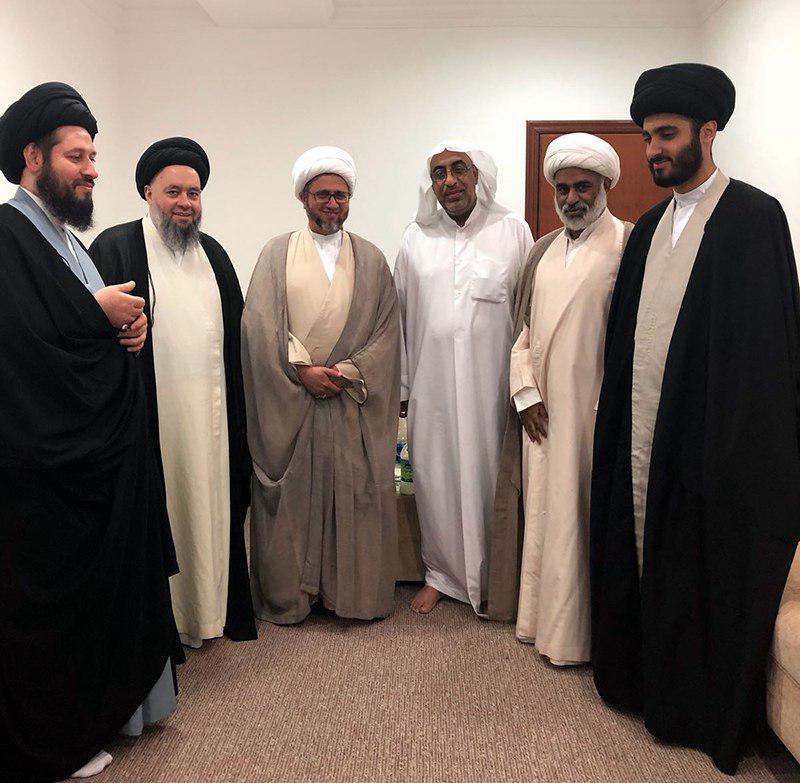 تصویر دیدار جمعی از روحانیان سعودی با حجت الاسلام والمسلمین شیرازی در کشور کویت