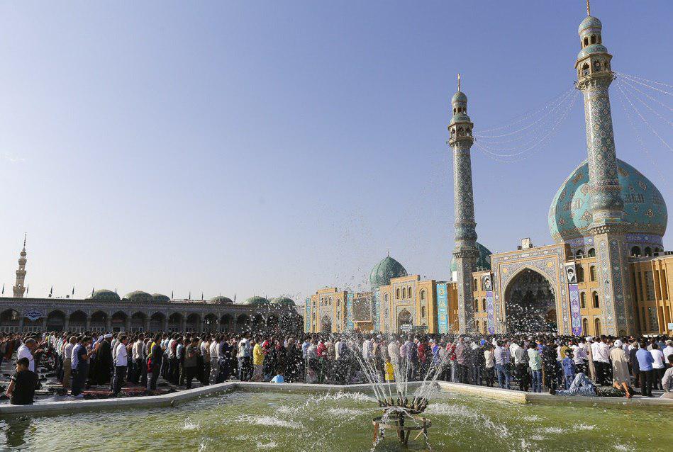 تصویر گزارش تصویری ـ برپایی نماز عید سعید فطر در مسجد مقدس جمکران در شهر مقدس قم