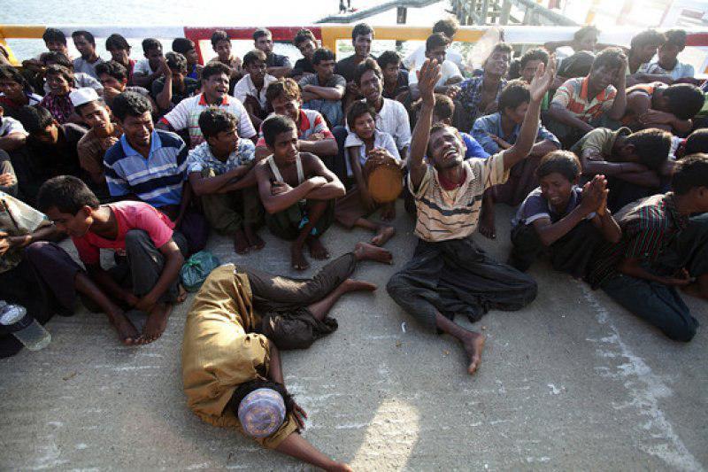 تصویر «آنگ سان سوچی» فجایع میانمار را به گردن طرفهای خارجی انداخت