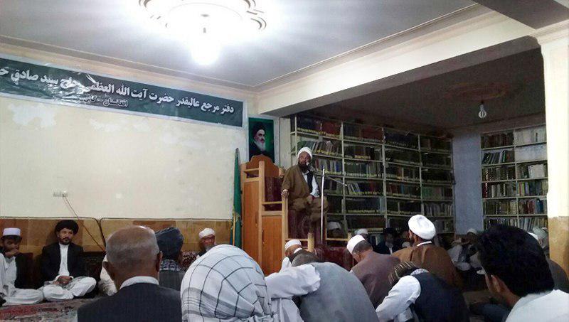 تصویر برگزاری جلسه هفتگی دفتر آیت الله العظمی شیرازی در شهر کابل