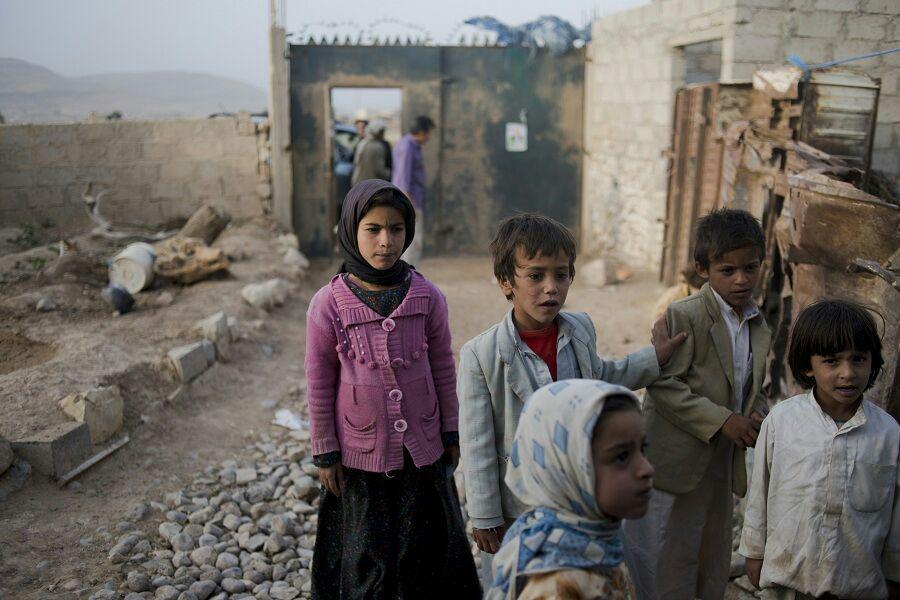 تصویر یک سازمان بین المللی: روزانه ۳ هزار کودک یمنی از بندر الحدیده فرار می کنند