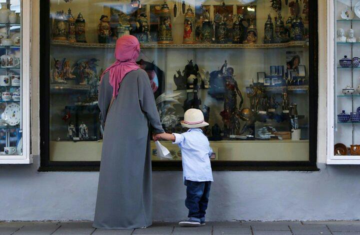 تصویر جلوگیری از ادامه تحصیل دانشآموزان مراکشی به دلیل حجاب