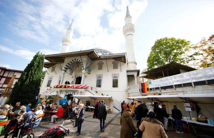 تصویر کاهش حملات علیه مسلمانان در آلمان