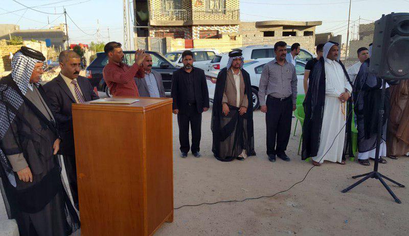 تصویر حضور نماینده مرجعیت در مراسم قدردانی از فرماندهان نیروهای مردمی در نجف اشرف