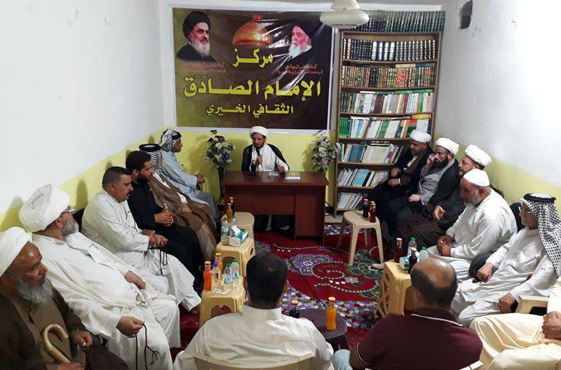 تصویر نشست مبلغان و فعالان دینی در مرکز امام صادق علیه السلام در بغداد