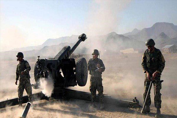 تصویر جان باختن ۱۸ نیروی امنیتی افغانستان در حمله عناصر طالبان