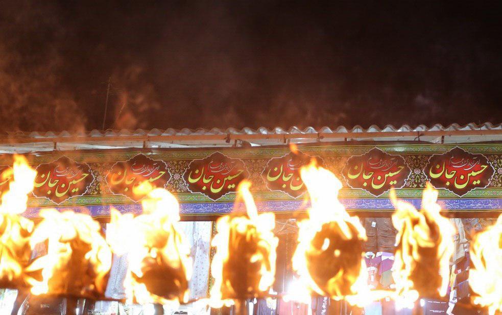 تصویر گزارش تصویری ـ عزداری سنتی مشعل گردانی نجفی های مقیم قم در محرم الحرام 1440