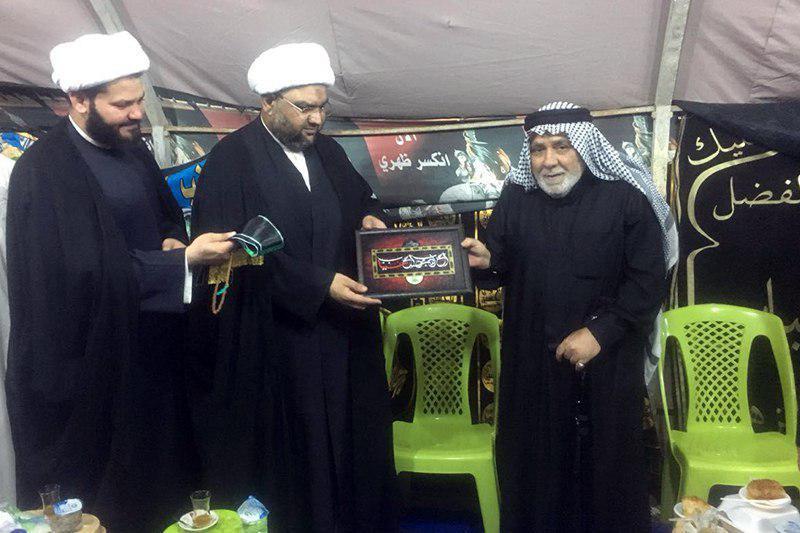 تصویر دیدار یکی از مراکز مرتبط با مرجعیت با مسئولان هیئات و مواکب حسینی شهر بصره