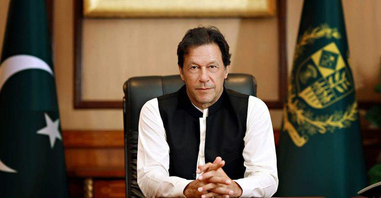 تصویر نخست وزیر پاکستان: واقعه کربلا به ما یاد داد که باید برای اهداف عالی فداکاری کنیم