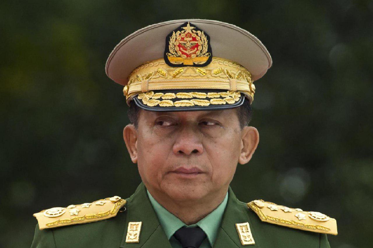 تصویر فرمانده ارتش میانمار: سازمان ملل در بحران مسلمانان روهینگیا دخالت نکند!