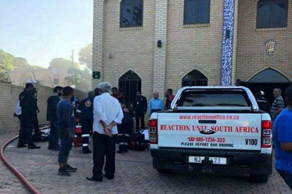 تصویر دستگیری مظنونان حمله به مسجد شیعیان در آفریقای جنوبی