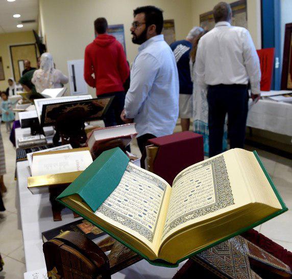 تصویر مراسم درهای باز در مسجدی در کالیفرنیا
