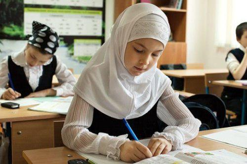 تصویر درخواست گنجاندن تعطیلات اسلامی در تقویم مدارس آمریکا