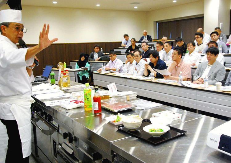 تصویر سرآشپزهای ژاپنی برای ارائه غذاهای حلال در المپیک ۲۰۲۰ اعلام آمادگی کردند