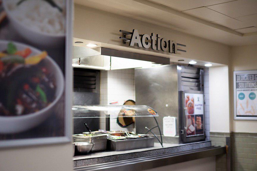 تصویر دانشگاه معروف نیویورک نخستین بوفه غذای حلال را ایجاد کرد