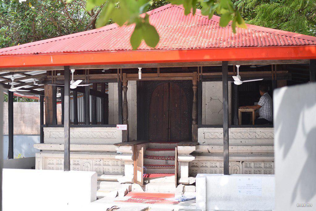 تصویر دولت جدید مالدیو وعده بازسازی مسجد ۲۰۰ ساله را داد