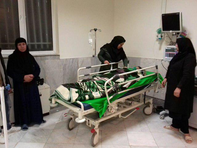 تصویر ۶۳۴ زخمی در زلزله شب گذشته در کرمانشاه ایران