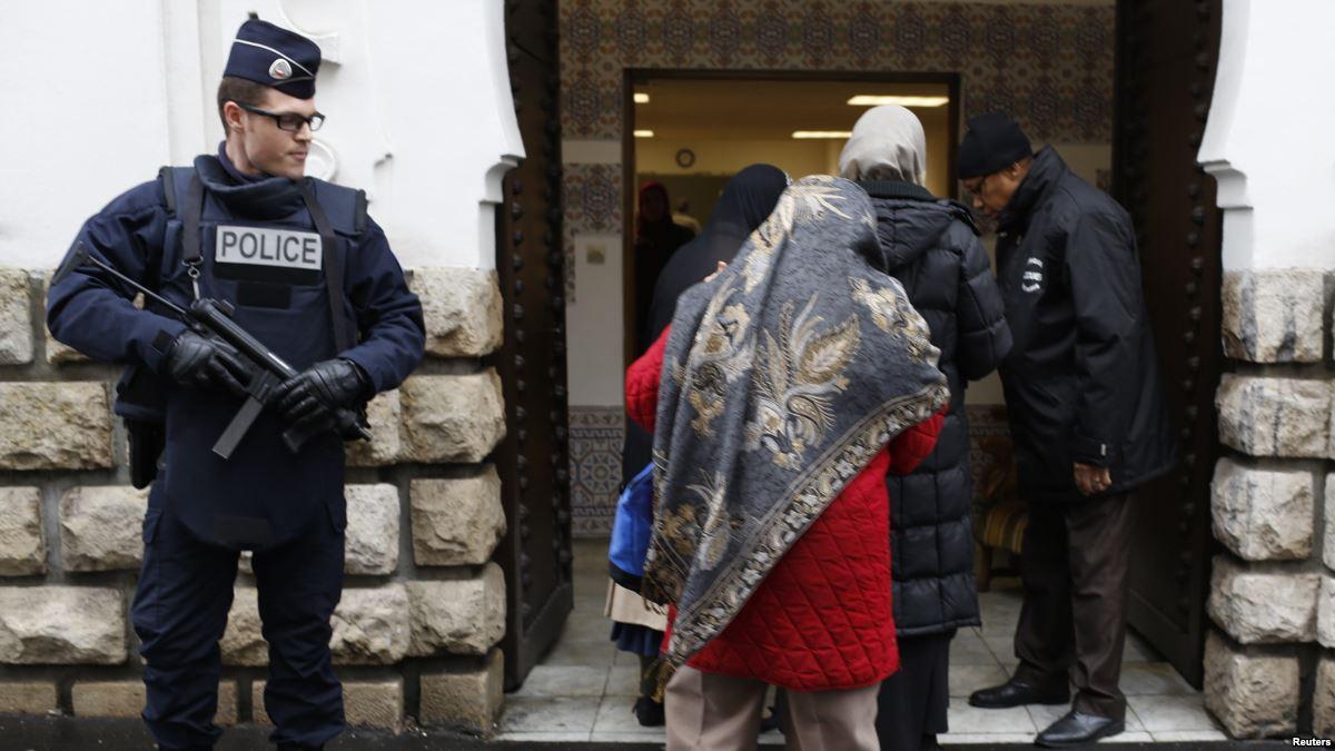 تصویر درخواست بررسی وضعیت مسلمانان در فرانسه