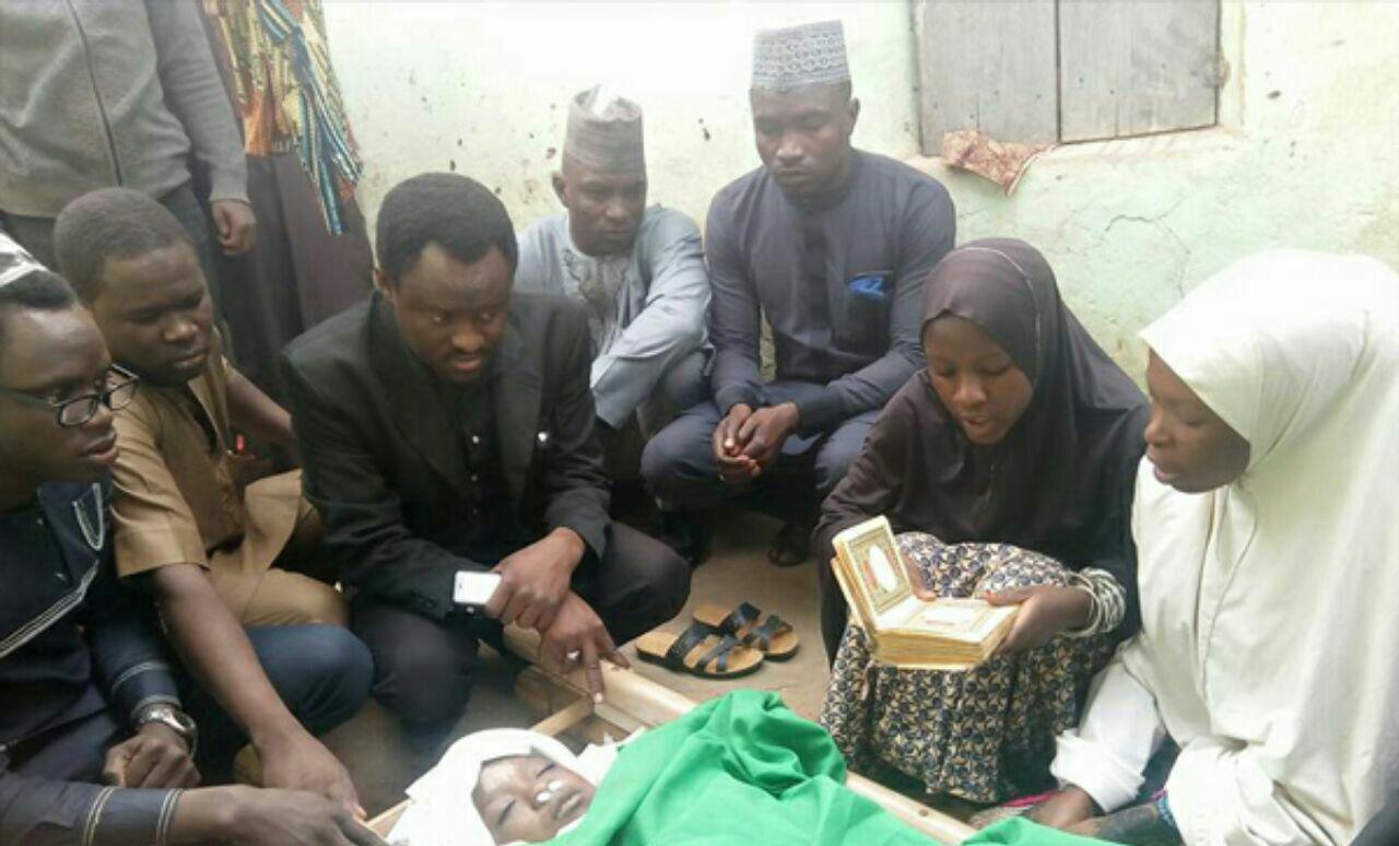 تصویر شهادت دختر شیعه مجروح، در حمله نیروهای امنیتی نیجریه به پیاده روی اربعین