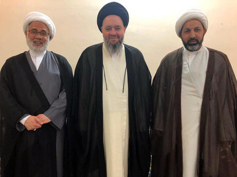 تصویر ملاقات نمایندگان مرجعیت در منطقه الشرقیه عربستان با آیت الله سید حسین شیرازی در کشور کویت