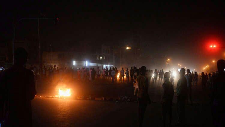 تصویر آزادی همه معترضان زندانی در سودان