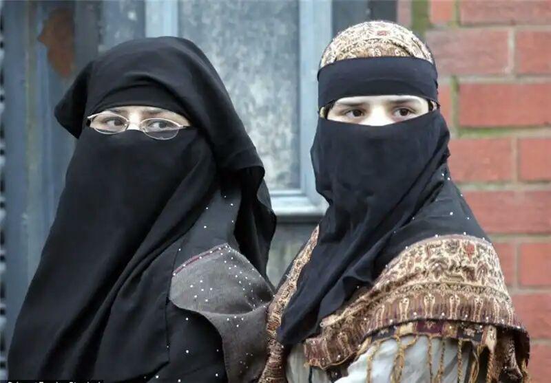تصویر تحقیقات جدید نشان داد:  حجاب و پوشیه، اعتبارپذیری شاهدان زن را در دادگاه افزایش می دهد