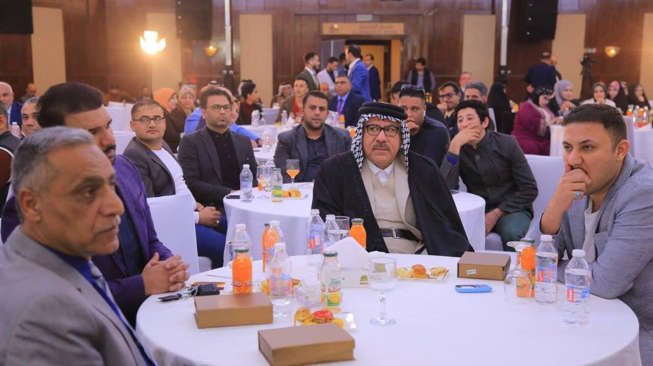تصویر قدردانی هنرمندان و ادیبان عراقی از موسسه فرهنگی نیکوکاری مصباح الحسین علیه السلام