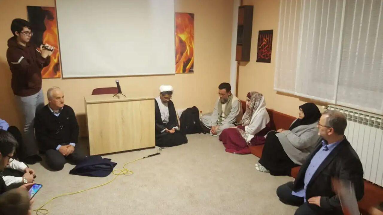 تصویر بانوی صربستانی مسلمان شد