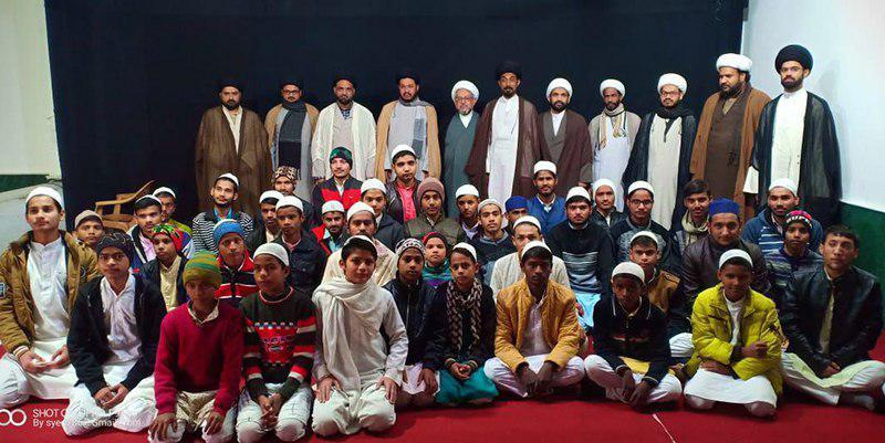 تصویر بازدید نماینده آیت الله العظمی شیرازی در قطیف عربستان از مراکز مرتبط با مرجعیت در کشور هندوستان