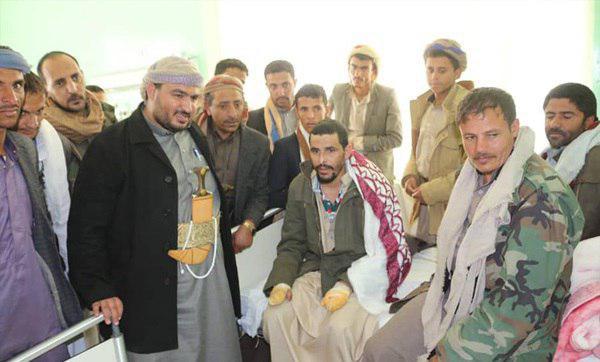تصویر شکنجه اسیران یمنی توسط نظامیان سعودی