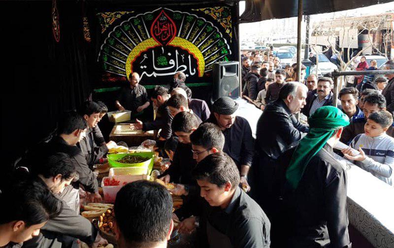 تصویر ارائه خدمات به عزاداران فاطمی در مشهد مقدس