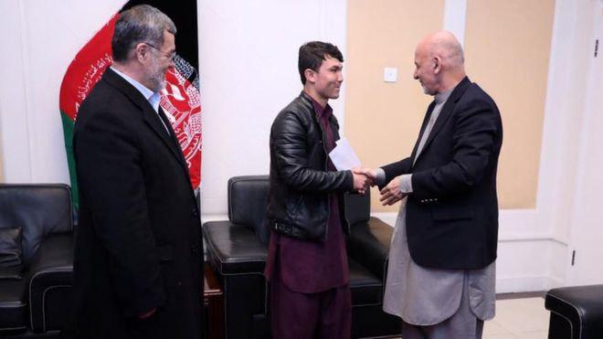 تصویر نتیجه اعتراض فیسبوکی افغان ها در فشار بر روی حکومت