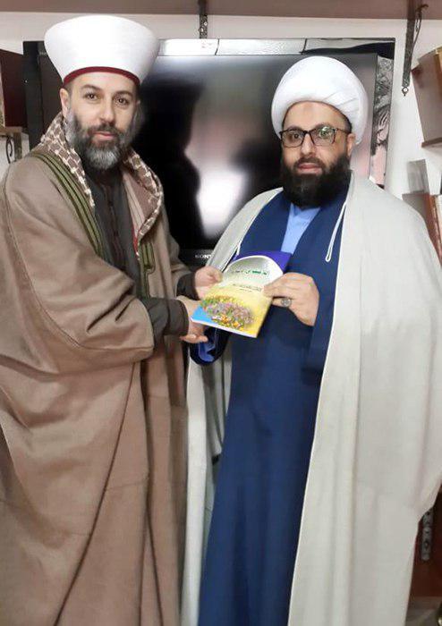 تصویر ملاقات نماینده دفتر آیت الله العظمی شیرازی در بیروت با مفتی شهر بعلبک لبنان