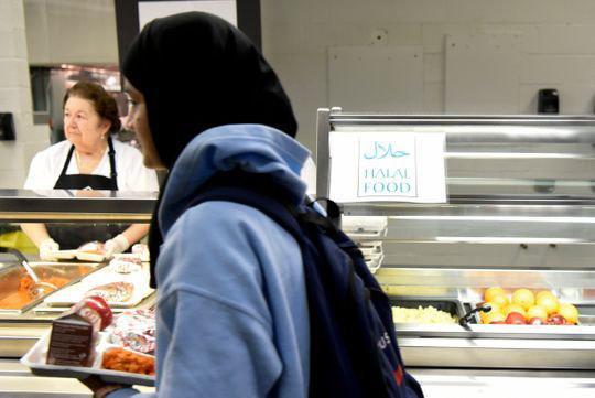 تصویر غذای حلال در منوی مدارس نیوجرسی آمریکا
