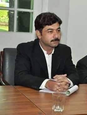 تصویر شهادت یک وکیل شیعه در پاکستان به دست سنی های تندرو