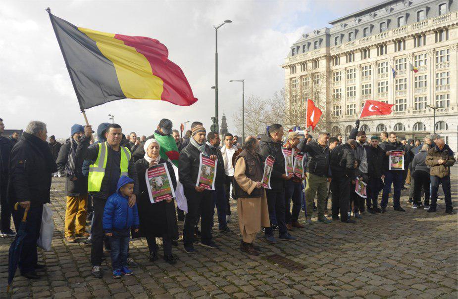 تصویر راهپیمایی مسلمانان برای حمایت از ذبح حلال در بروکسل