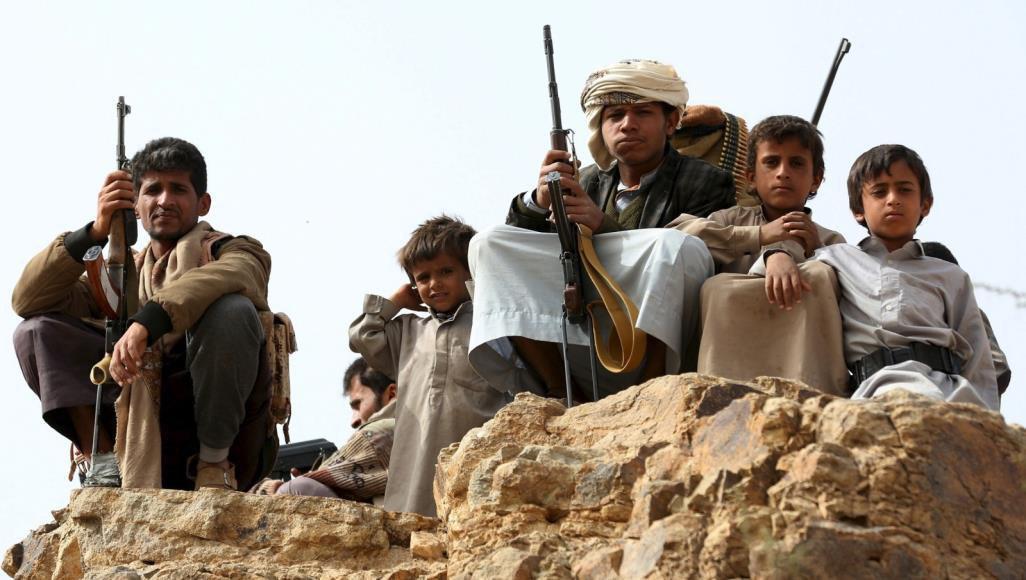تصویر انگلیس کودکان یمنی را برای پیوستن به ائتلاف سعودی آموزش می دهد