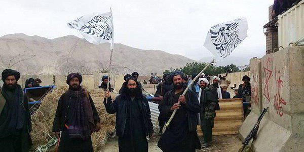 تصویر تصرف بندر «آیخانم» در شمال افغانستان، به دست عناصر طالبان