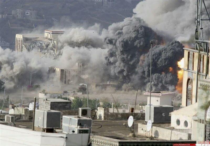 تصویر شهادت ۳ یمنی براثر حملات جنگنده های عربستان سعودی در روز عید فطر