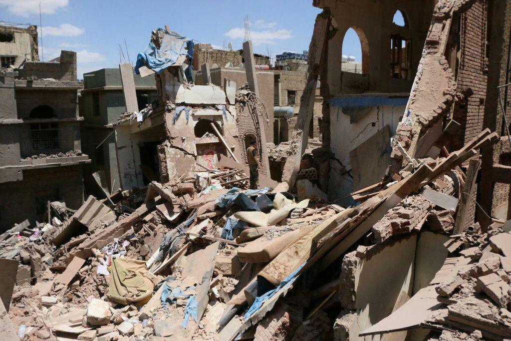 تصویر بمباران صنعا از سوی جنگندههای عربستان