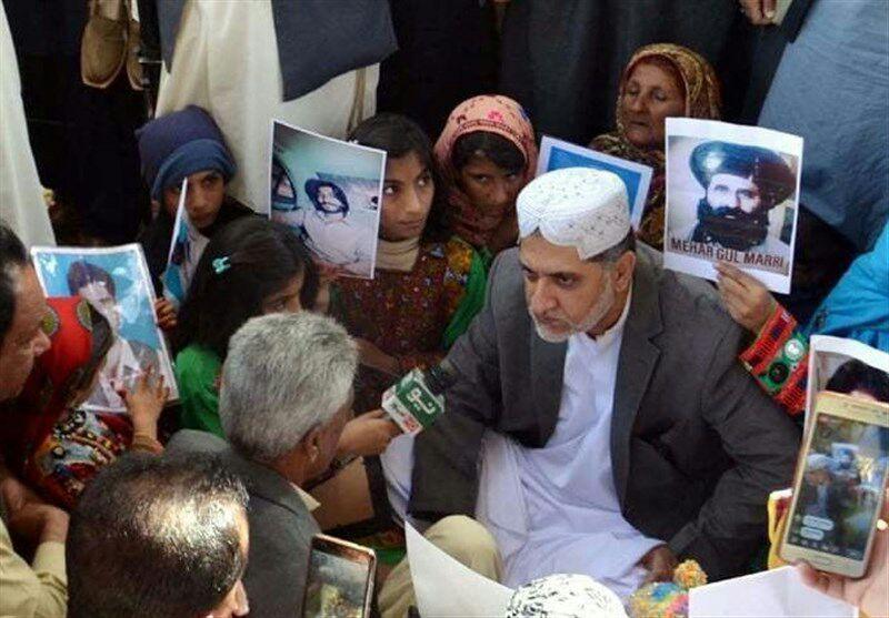 تصویر بازگشت برخی شیعیان ربوده شده در پاکستان در پی اعتراضات مردمی