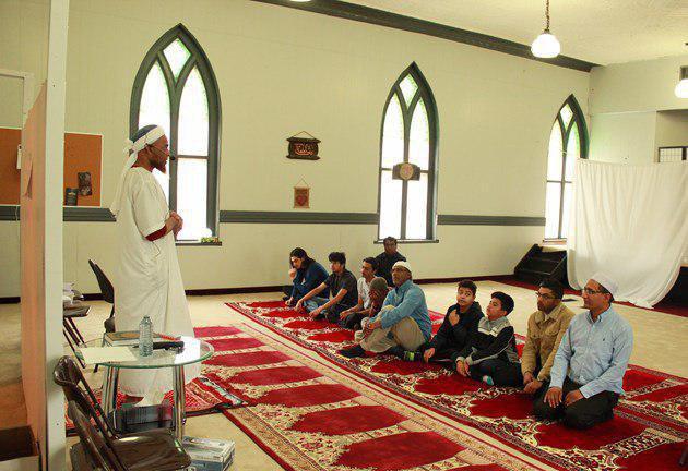 تصویر افتتاح نخستین مسجد در حومه شهر «ولینگتون» کانادا