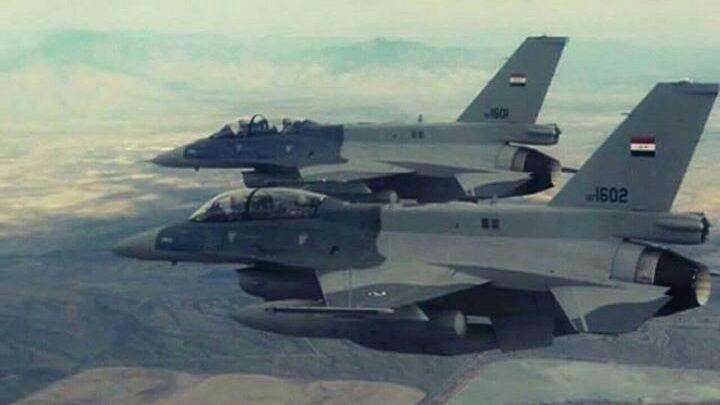 تصویر هلاکت ۸ عنصر داعشی در حمله هوایی عراق در شرق سامرا
