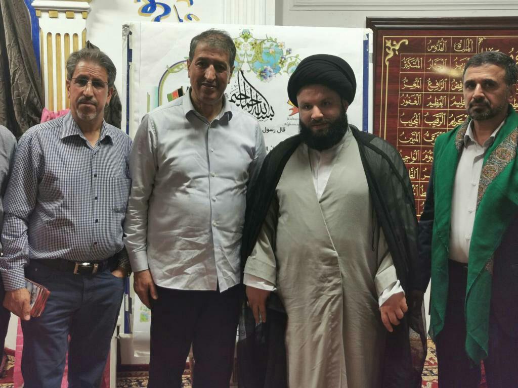 تصویر فعالیت های عضو هیئت مدیره مجموعه رسانه ای امام حسین علیه السلام در سفر به آلمان