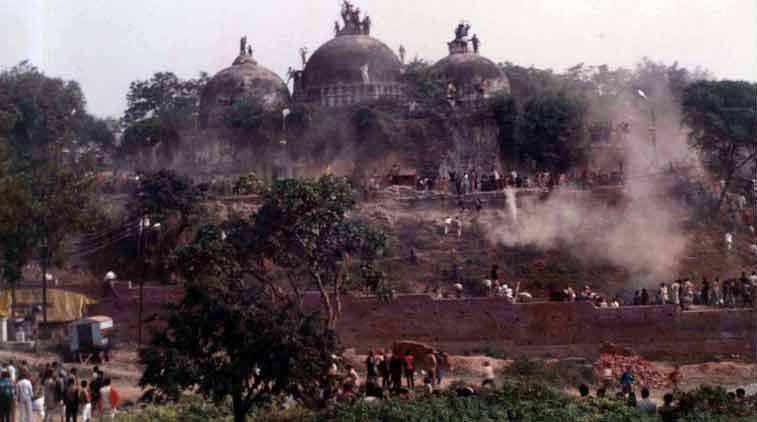 تصویر فرماندار هندی در پرونده تخریب مسجد بابری دادگاهی میشود