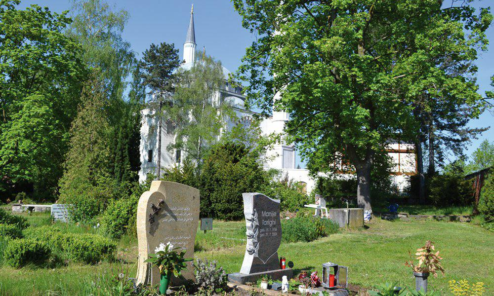 تصویر اعلام آمادگی مسئولان پنج قبرستان برای تدفین مسلمانان در آلمان