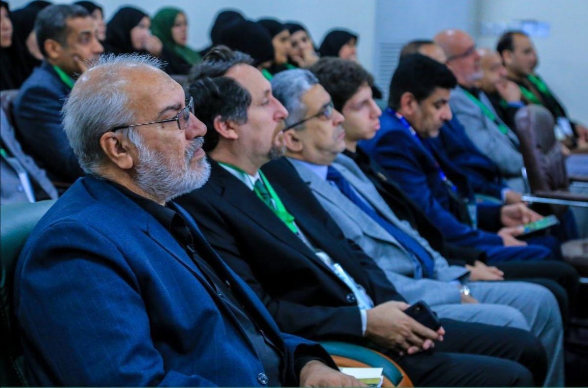 تصویر برگزارى اولین كنفرانس منطقه اى با موضوع خدمات پزشكى در زیارت اربعین حسینی