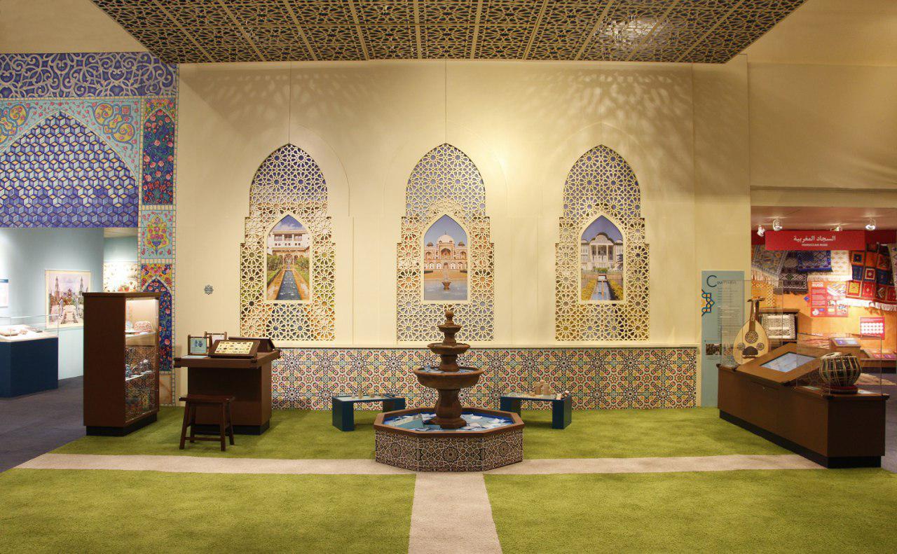 تصویر افتتاح نمایشگاه فرهنگ مسلمانان جهان در شیکاگوی آمریکا