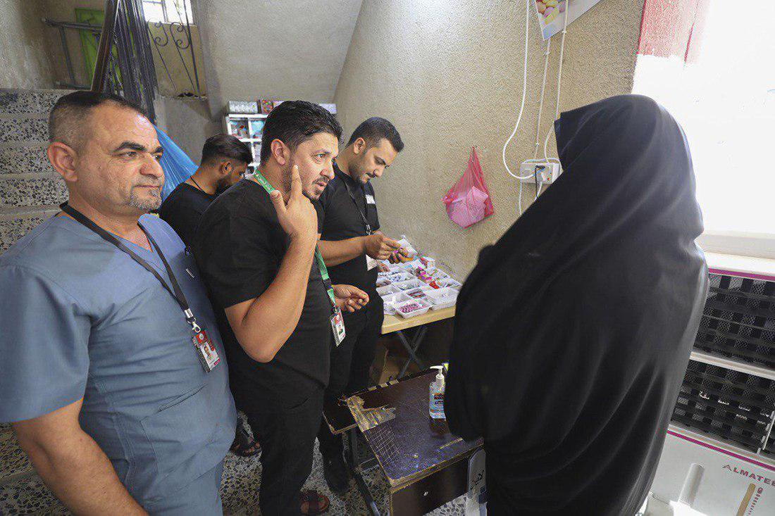 تصویر خدمات پزشکی رایگان ۱۳۰ پزشک از سراسر دنیا به زائران اربعین حسینی