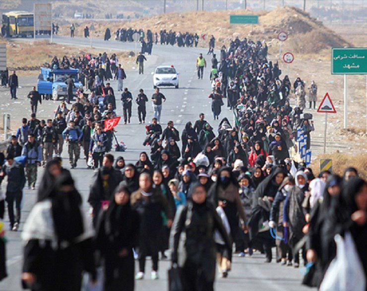 تصویر آمار زائران پیاده رضوی به مرز نیم میلیون نفر رسید